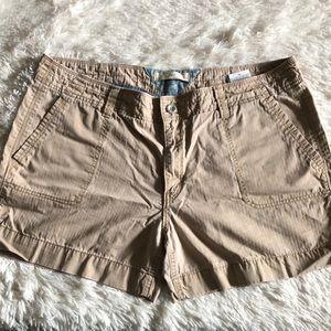Levi's shorts size 16